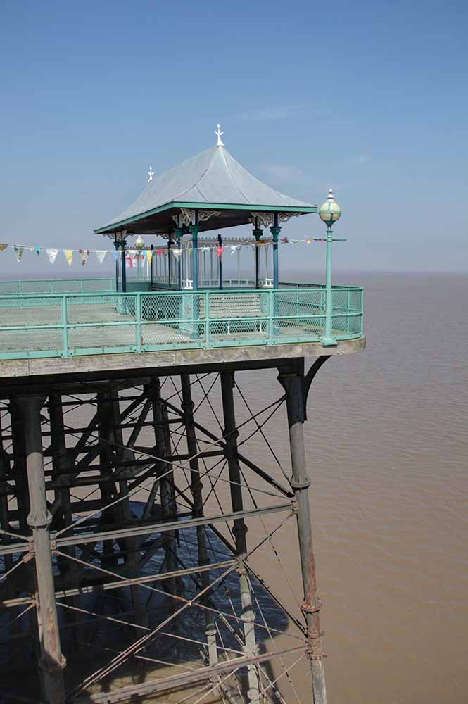 Second Image of Clevedon Peir